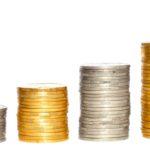 Münzen in Stufen