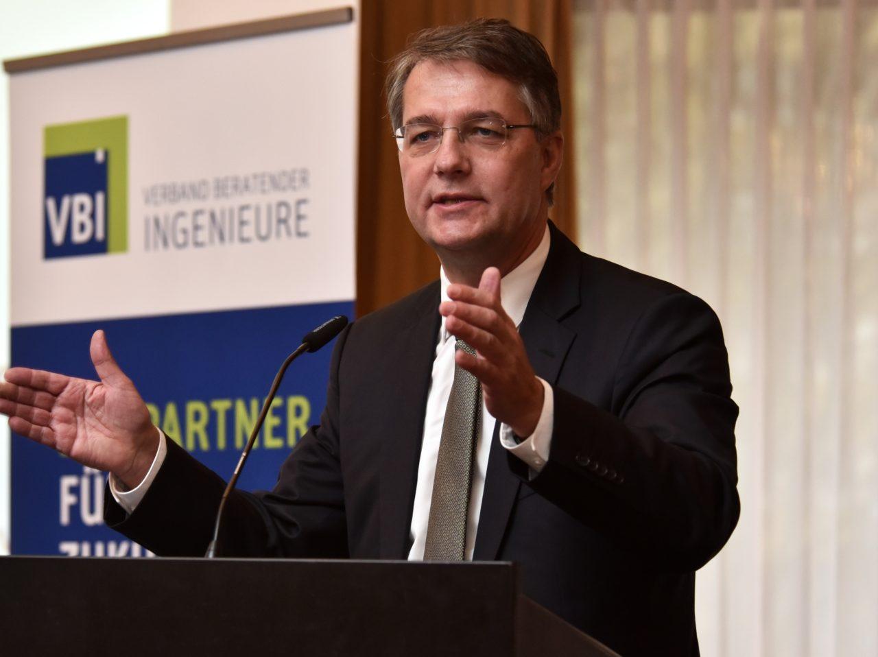 Gunther Adler 2016 auf dem VBI-Kongress in Leipzig.