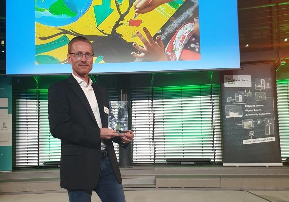 Martin Hutzler mit dem Green-BIM-Award